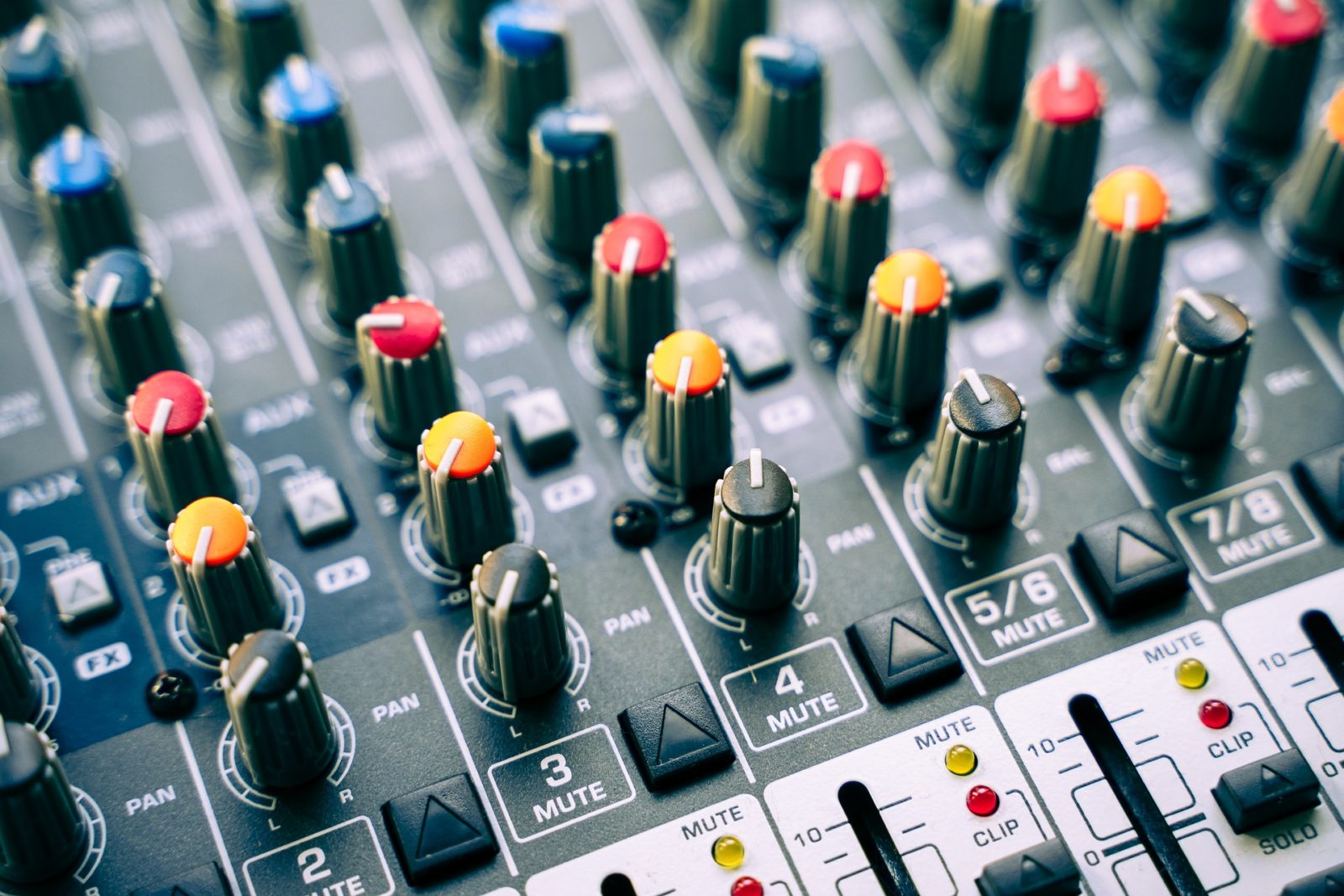 Mixer panel for Free Sound Effects.